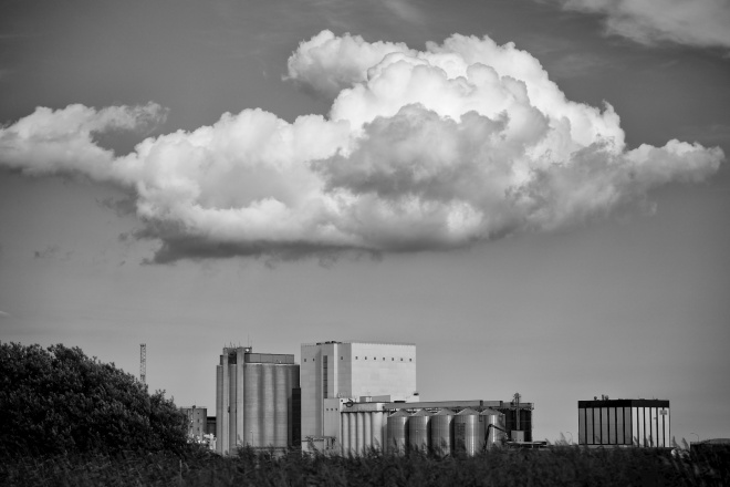 Clouds_KLR-bw-2